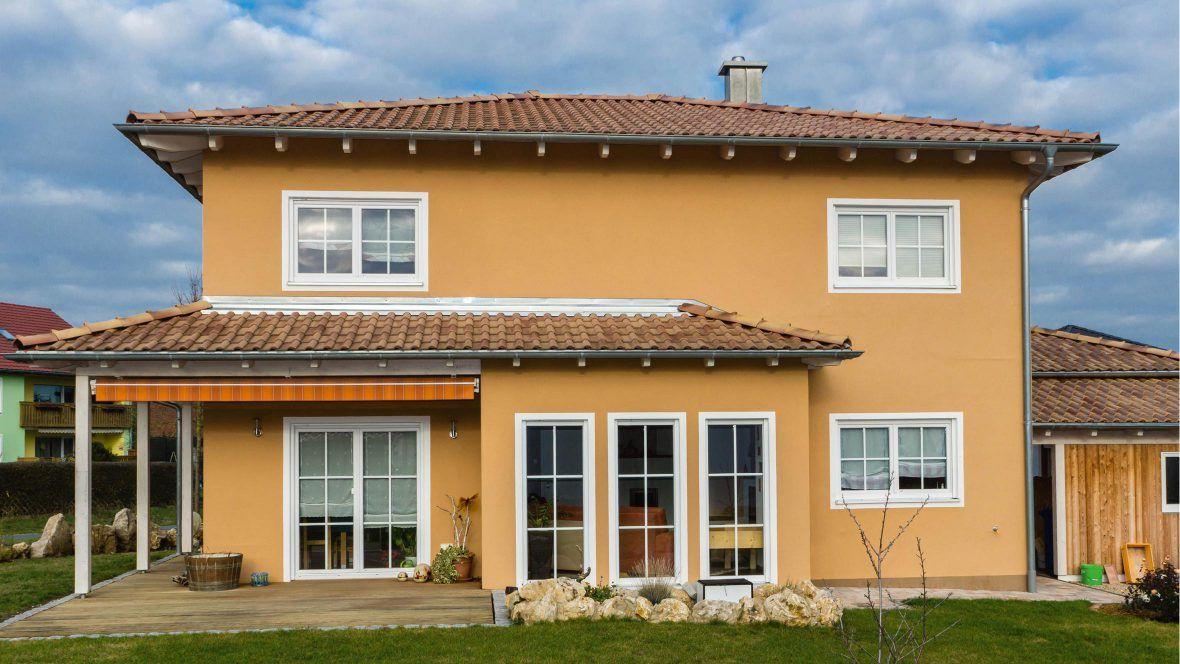 Toskana-Haus mit Romanischer Pfanne Marko