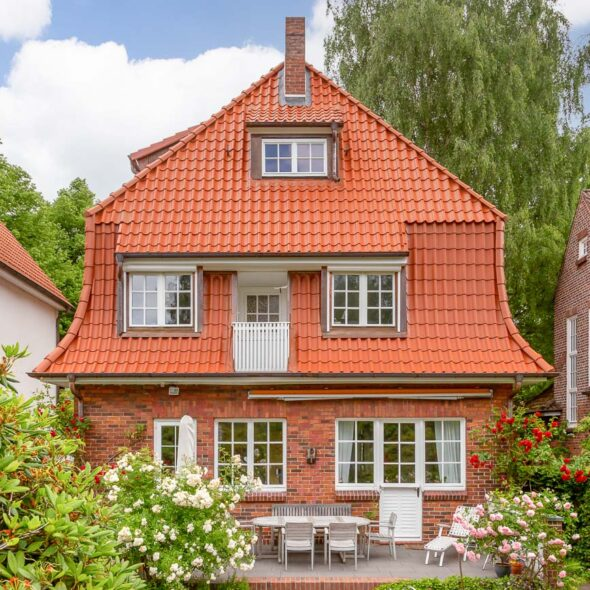 House with Hollow Tile in old red